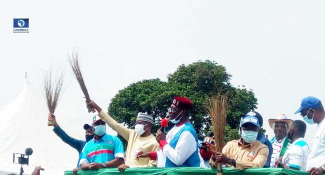 PHOTOS: APC Campaign Train Hits Edo Central Senatorial District