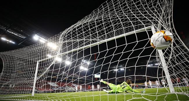 Fernandes Penalty Lifts Man Utd Past Dogged Copenhagen