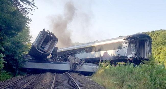 Investigators Probe Deadly Scottish Train Crash