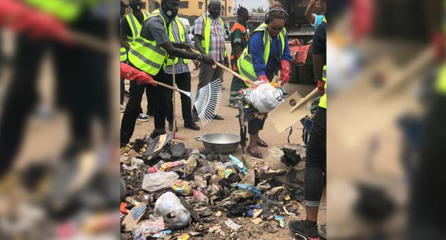 Lagos Govt. Kicks Off 2020 Community Clean-Up