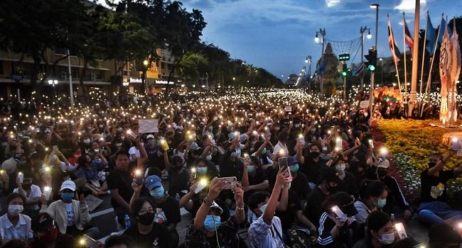 Thai PM Downplays Democracy Movement's Spread To Schools