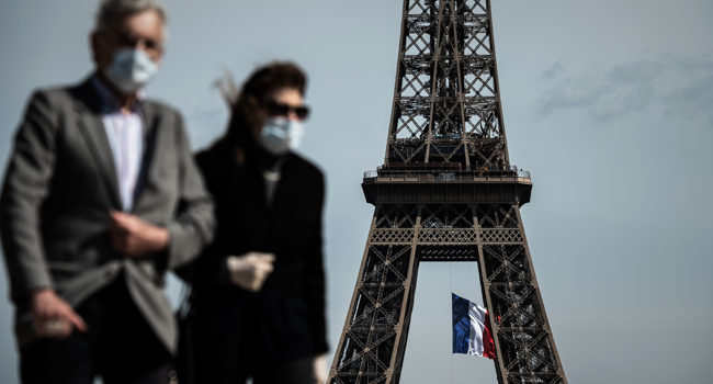 Face Masks Now Compulsory In Paris Tourists Hotspots, Crowded Areas