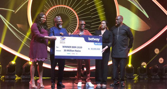 #BBNaija winner Laycon receives N30m cash, other prizes