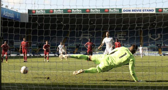 Premier League New Boys Leeds Edge Fulham In Seven-Goal Thriller