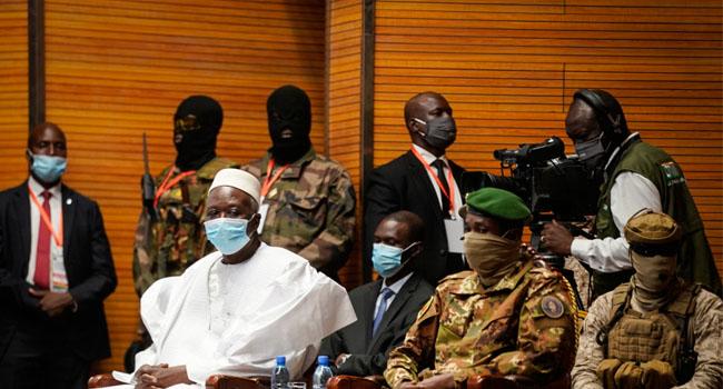 Mali Swears In New Interim President Ndaw