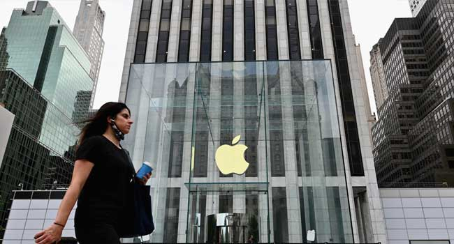 Apple To Press Ahead On Mobile Privacy, Despite Facebook Protests