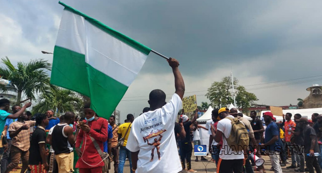 #EndSARS Protesters At Alausa Maintain Tempo After Days Of Protests