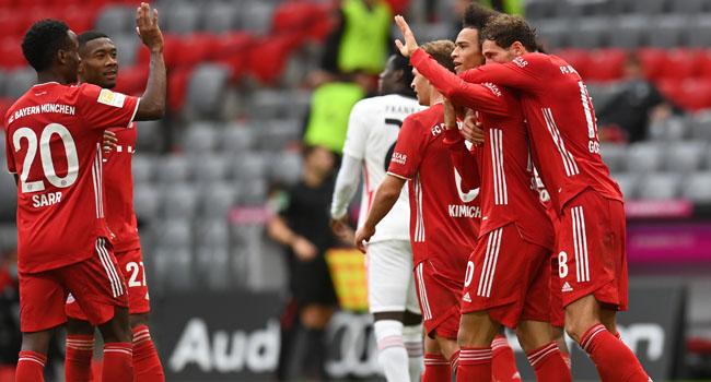 Unstoppable Lewandowski scores hat-trick as Bayern demolish Frankfurt