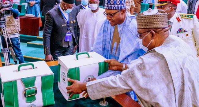 PHOTOS: Buhari Presents Proposed 2021 Budget Of N13tn