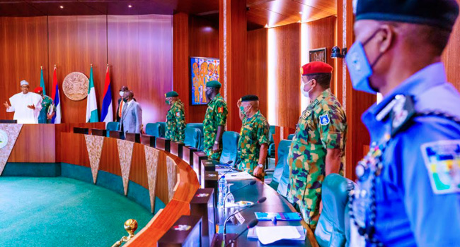 Buhari Meets With Security Chiefs Amid Outrage Over Shooting Of #EndSARS Protesters
