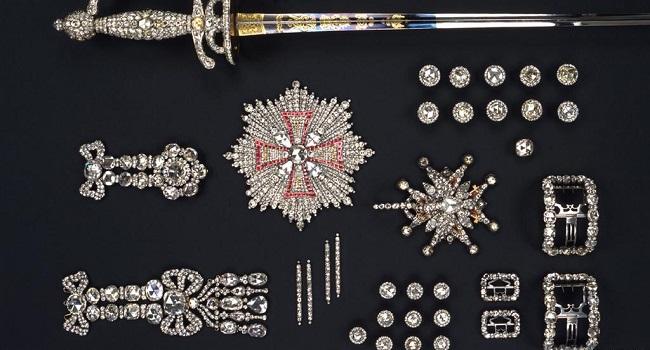 Three Arrested Over 'Spectacular' Dresden Museum Jewellry Heist