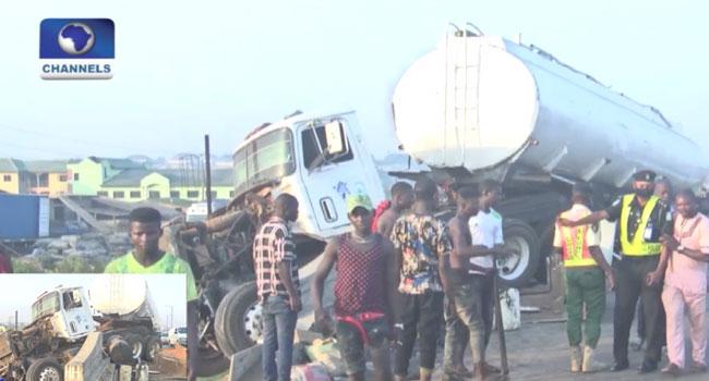 Truck, Tanker Accident Causes Gridlock On Kara Axis Of Lagos-Ibadan Expressway