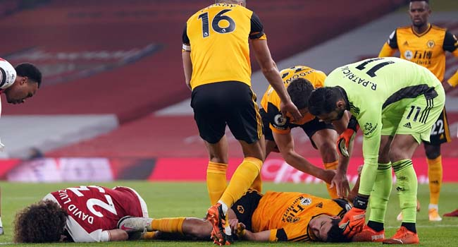 Wolves' Jimenez Hospitalised After Nasty Clash Of Heads With David Luiz