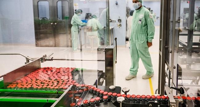 Britain Locks Down Over COVID-19 Surge Despite New Vaccine Rollout