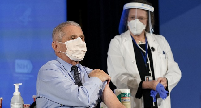 Top US Scientist Anthony Fauci Receives COVID-19 Vaccine