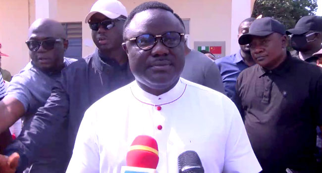Cross River North: Ayade Impressed With Voter Turnout At Polling Units