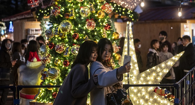 Photos: Christmas ‎Festivities Around The World