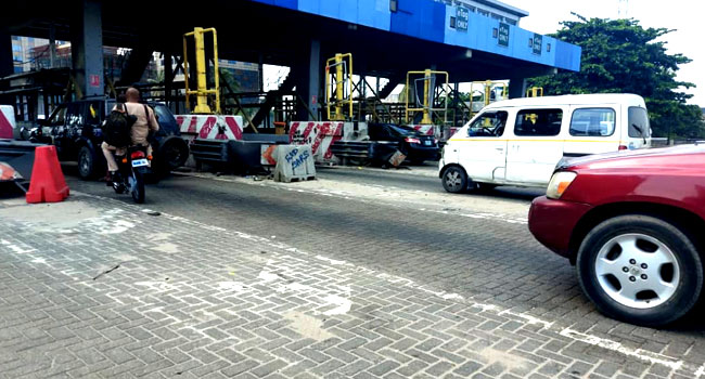 'Don't Flout COVID-19 Rules, Block Roads': Lagos Warns Lekki Toll Protesters