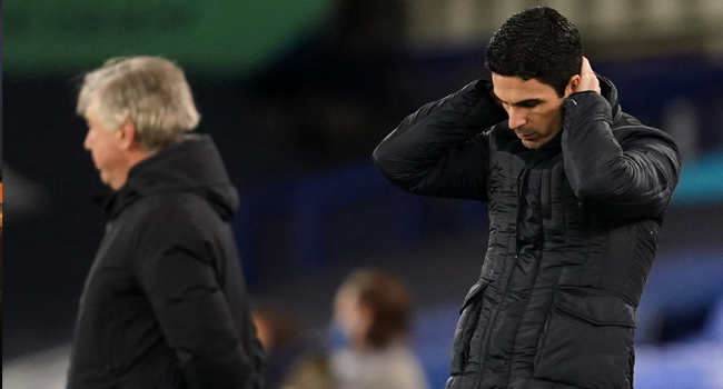 Arsenal's Spanish manager Mikel Arteta reacts during the English Premier League football match between Everton and Arsenal at Goodison Park in Liverpool, north west England on December 19, 2020. Jon Super / POOL / AFP