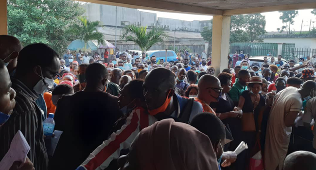 Large crowds gathered at the NIMC office in Lagos on December 21, 2020. amid COVID-19 restrictions.