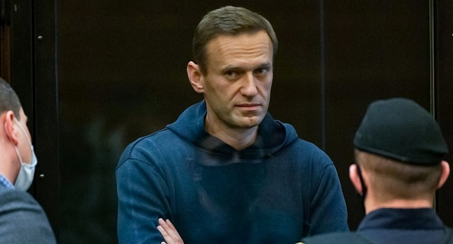 Jailed Navalny Losing Sensation In Hands Says Lawyer