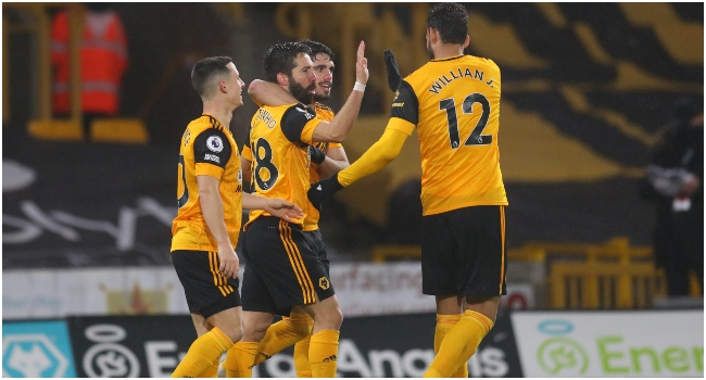 By Wolves: Nine-Man Arsenal Slump To Defeat