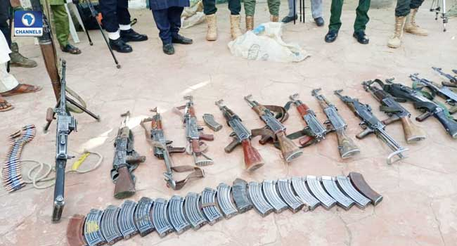Six Repentant Bandits Surrender Weapons To Zamfara Govt