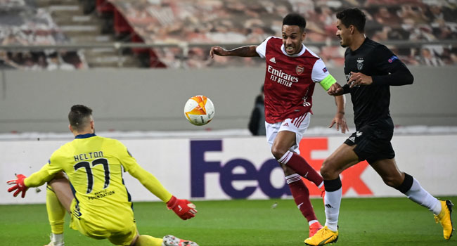 Aubameyang's Brace Sends Arsenal Into Europa League Last 16
