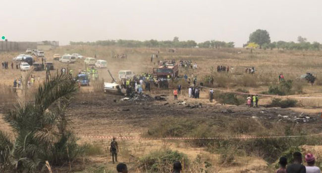 A military aircraft has crashed a few yards off the runway at the Nnamdi Azikiwe Airport in Abuja