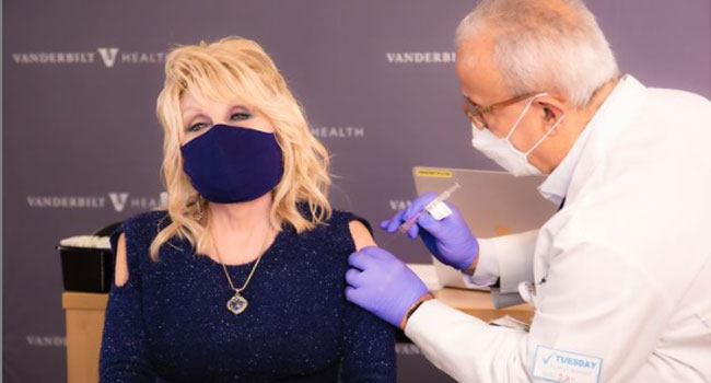 Dolly Parton Gets COVID-19 Vaccine,Urges Fans To Do Same