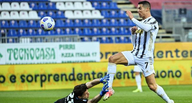 Ronaldo Overtakes Pele, Tops World Goalscoring List