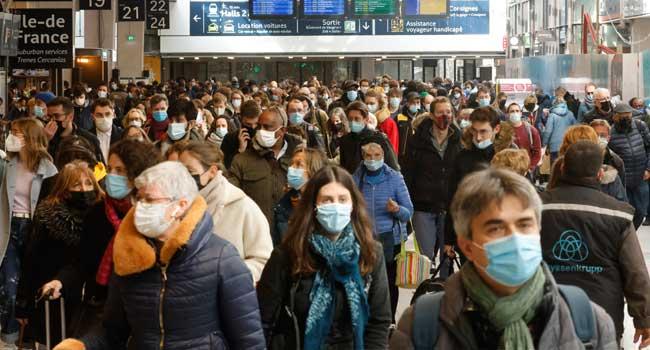 Paris Enters New COVID-19 Lockdown As Europe Resumes Astrazeneca Jabs