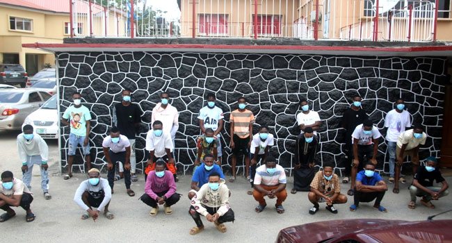 EFCC Arrests 25 Suspected Internet Fraudsters In Lagos