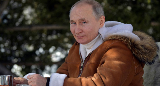 Putin To Be Vaccinated In Private, Says Kremlin
