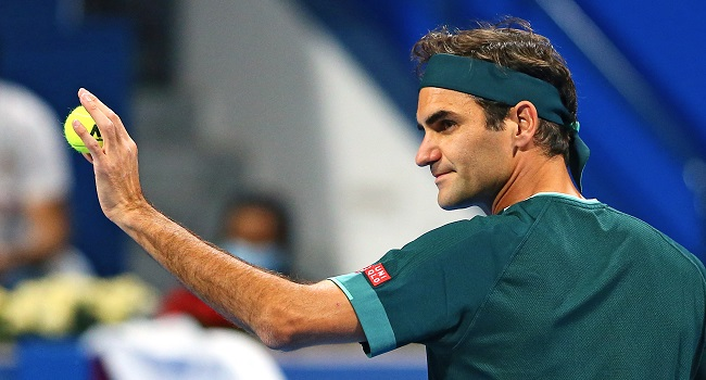 Federer Makes Winning Return After 13 Months Out