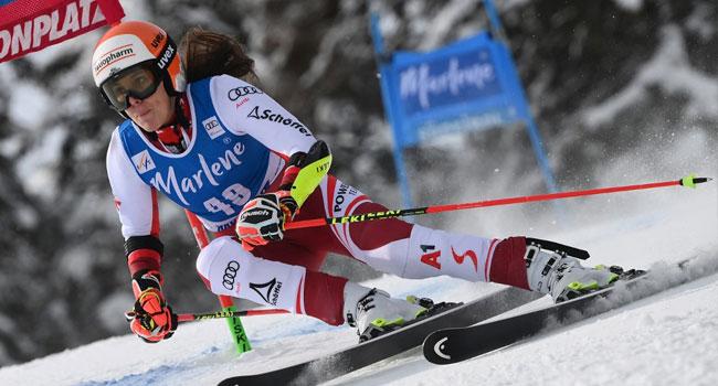 Austrian Skier Schneeberger Undergoes Operation On Broken Leg