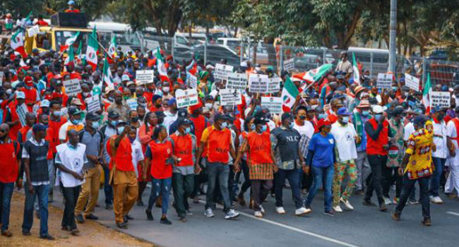 Minimum Wage: Protesting Workers Force Their Way Into National Assembly