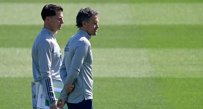 Luis Enrique Tells Spanish Players To Keep World Cup Focus