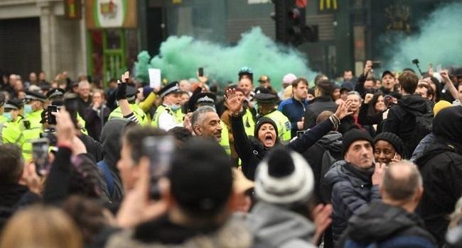 UK Police Arrest 33 At Anti-Lockdown Protests