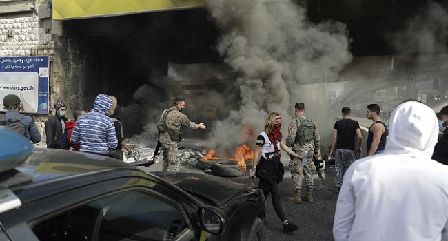 Lebanon Protesters Block Roads Over Worsening Poverty