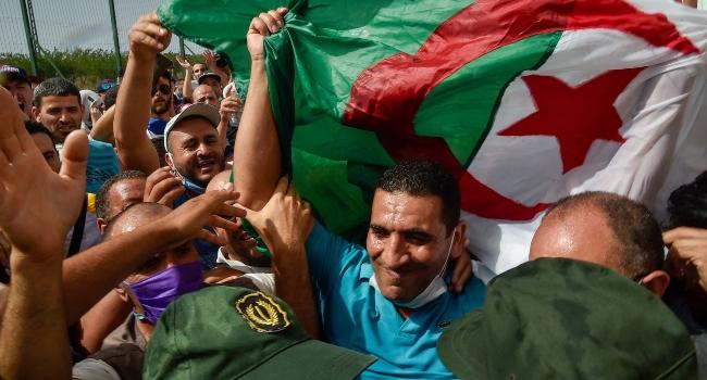 Algeria Detains Leading Opposition Figure