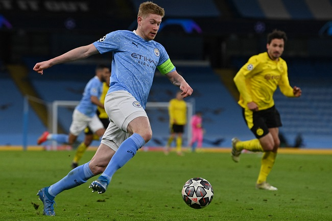 Kevin De Bruyne has signed a two year contract extension that will keep him at Manchester City until 2025 2
