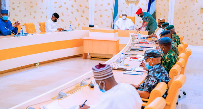 Buhari Holds Security Meeting