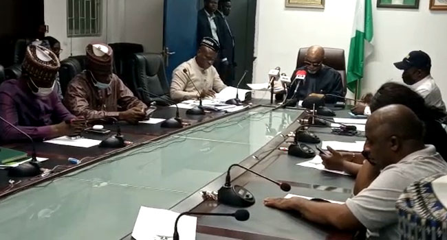FG Signs Agreement With Judiciary, Parliamentary Workers On Implementation  Of Financial Autonomy – Channels Television
