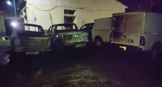 Six Vehicles Razed As Hoodlums Attack INEC Enugu Office