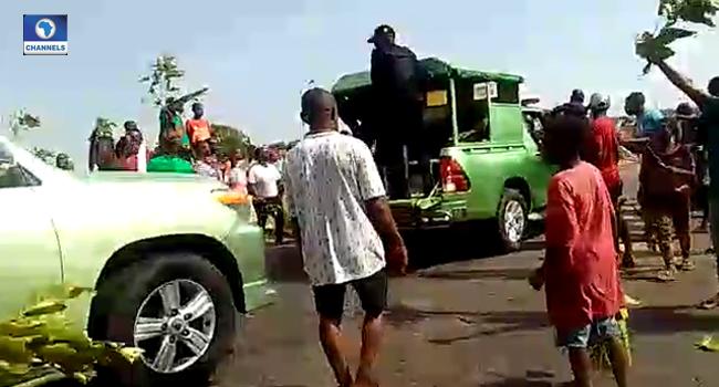Residents Block Kaduna-Abuja Highway, Protest Incessant Abductions