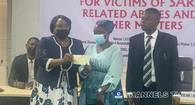 #EndSARS: Two Victims Of Police Brutality Receive N11m Compensation
