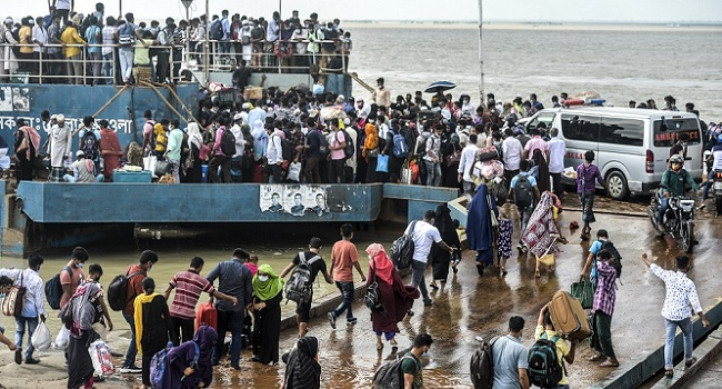 Migrant Workers Flee Capital As Bangladesh Tightens COVID-19 Lockdown