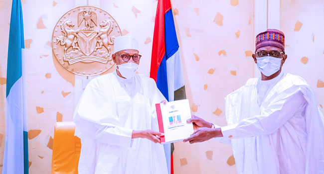 PHOTOS: Buhari Receives Progress Report Of APC Caretaker Committee