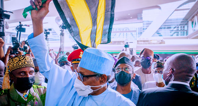 Buhari Returns To Abuja After One-Day Visit To Lagos
